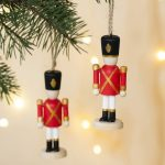 notenkraker kersthanger sfeer